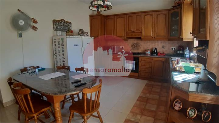Mosta, 3 Bedroom Elevated Maisonette