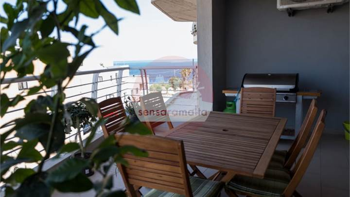 Marsascala-3 bedroom apartment with seaviews /gara