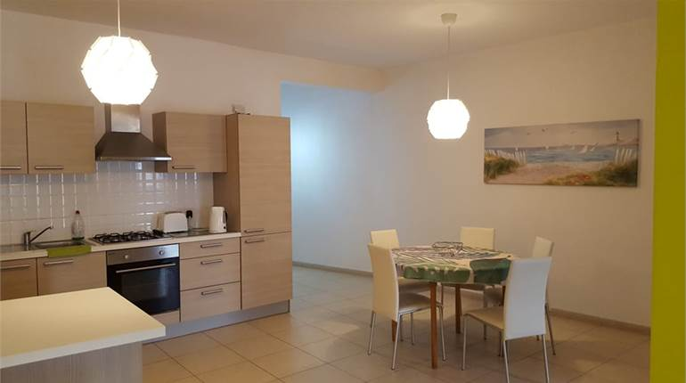 3 bedroom fully equipped apartment