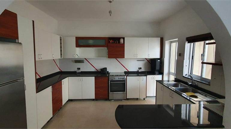 3 Bedroom Apartment with views of Ghomor Valley