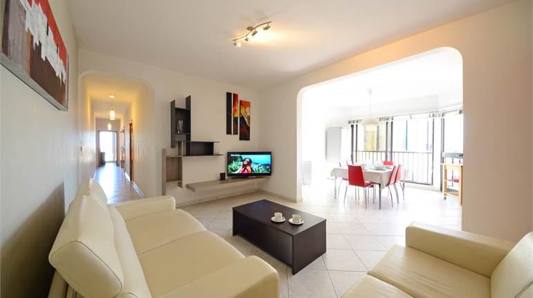 Gzira - 3 Bedroom Furnished Apartment