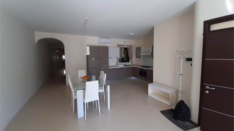 Xlendi fully furnished and spacious Apartment