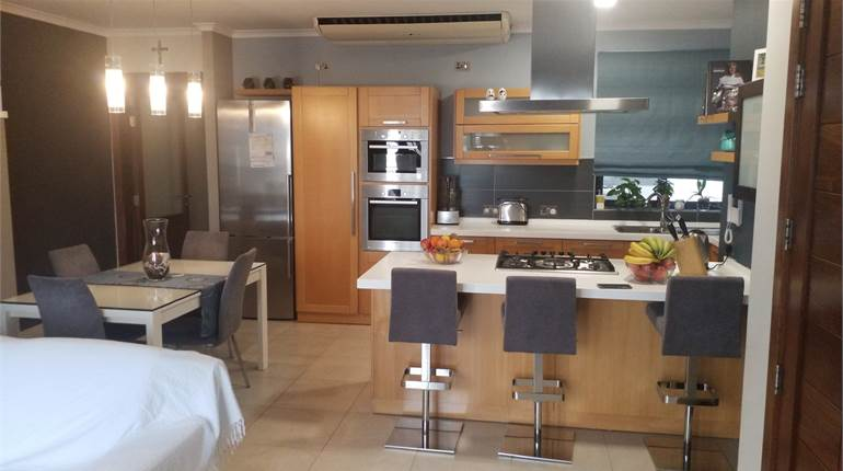 Mosta - 3 Bedroom Fully Furnished Apartment
