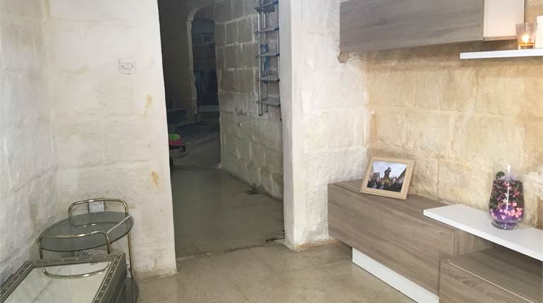 Qormi, Furnished House Of Character