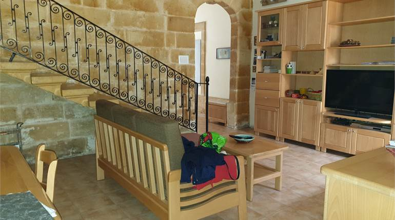 Zejtun - Fully Furnished Townhouse + 1 Car Garage