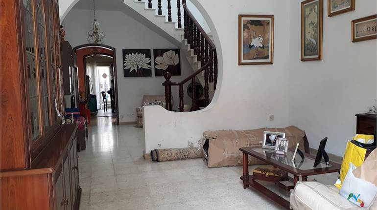 Paola, 2-3 Bedroom Furnished Townhouse
