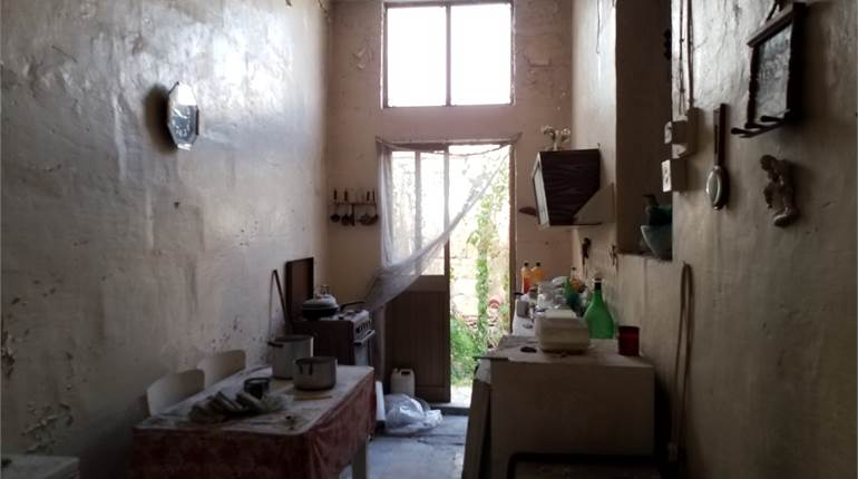 Marsa, ground floor large 1 bedroom maisonette