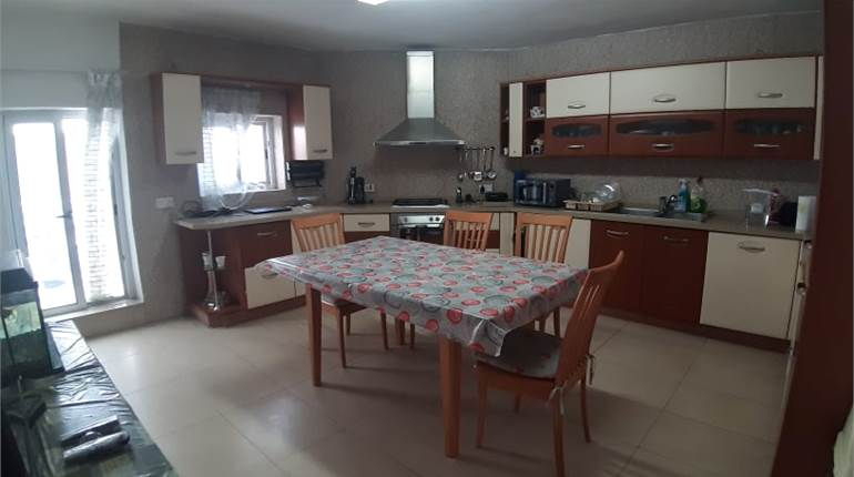 Fgura, 3 Bedroom Solitary Maisonette + Airspace