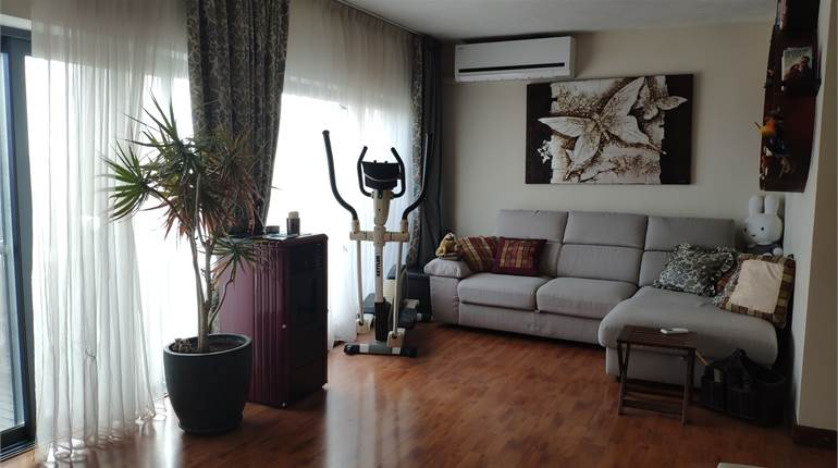 2 Bedroom Penthouse / Airspace / Garage