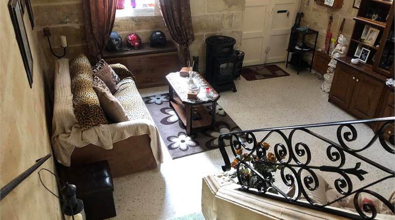 Hamrun - 2 Bedroom Townhouse Furnished