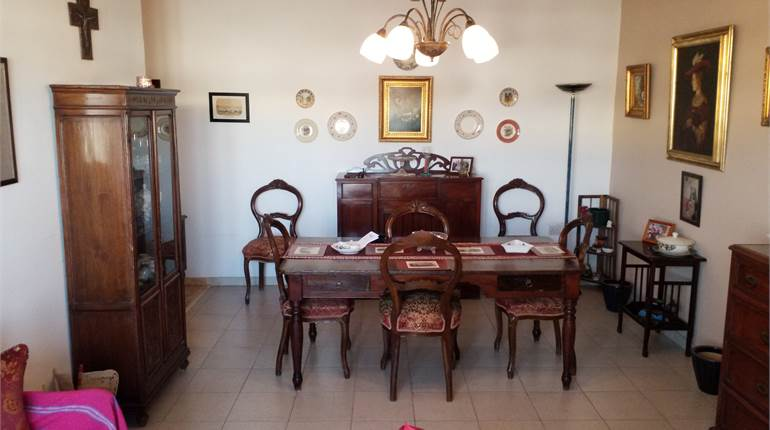 Balzan - 3 bedroom fully furnished apartment