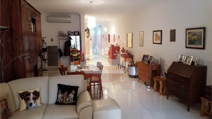 Sliema - 3 Bedroom Highly Furnished Apartment